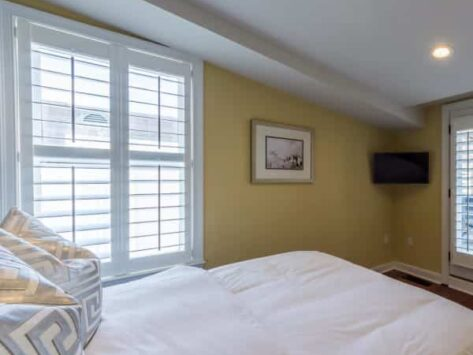 Two Bedroom Loft with Private Balcony, The Quarters on King